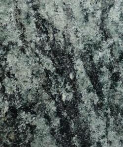 Olive Gruen (gewolkt)